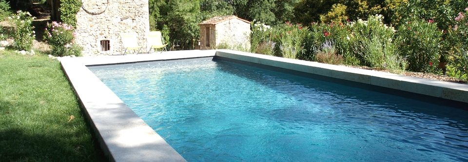 Une superbe piscine privative